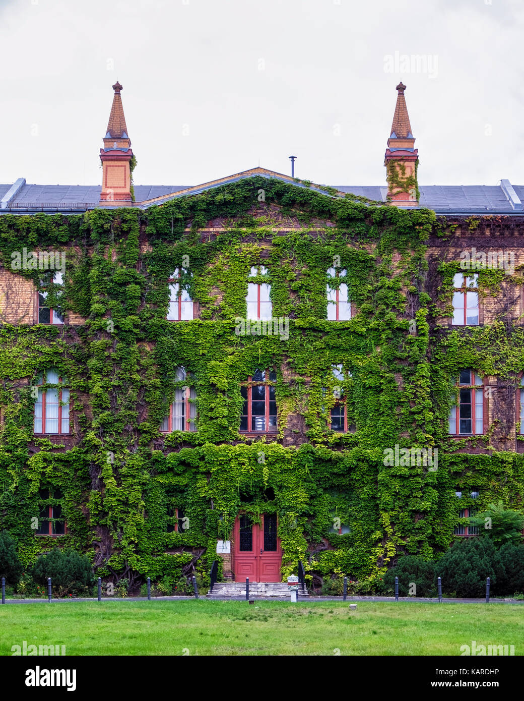 Berlin, Wittenau.Karl-Bonhoeffer-Nervenklinik mental hospital,Psychiatric clinic building No.10 houses museum commemorating - Stock Image