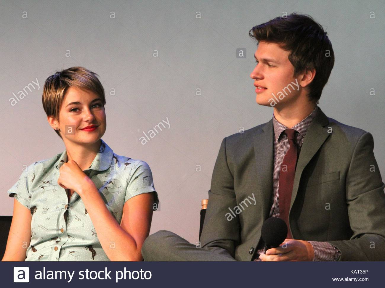 Shailene woodley and ansel elgort apple store soho presents meet shailene woodley and ansel elgort apple store soho presents meet the filmmakers john green sam trammell and laura dern the fault in our stars event m4hsunfo