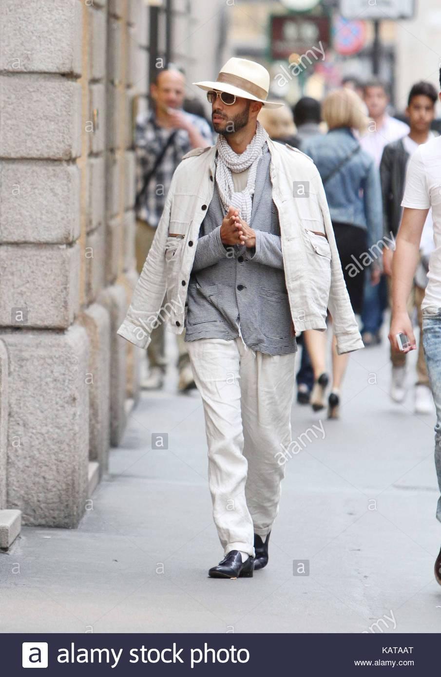Jonathan Kashanian Jonathan Kashanian Strolling In Milan
