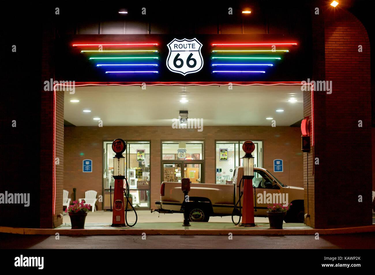 illuminated sign at route 66 hotel in springfield, illinois, usa
