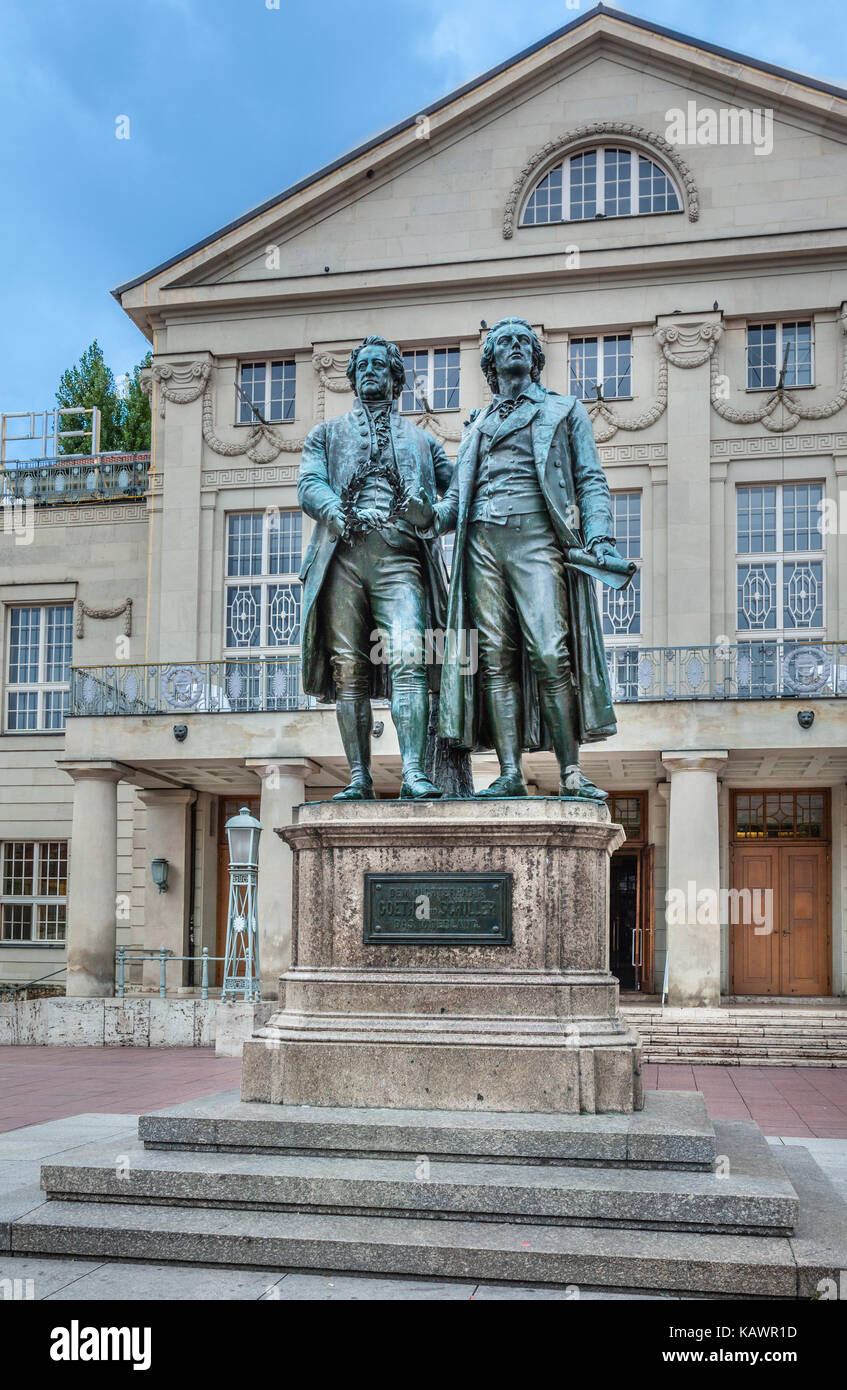 Germany, Thuringia, Weimar, Goethe-Schiller Monument, a bronce double statue of the two most revered figures in - Stock Image