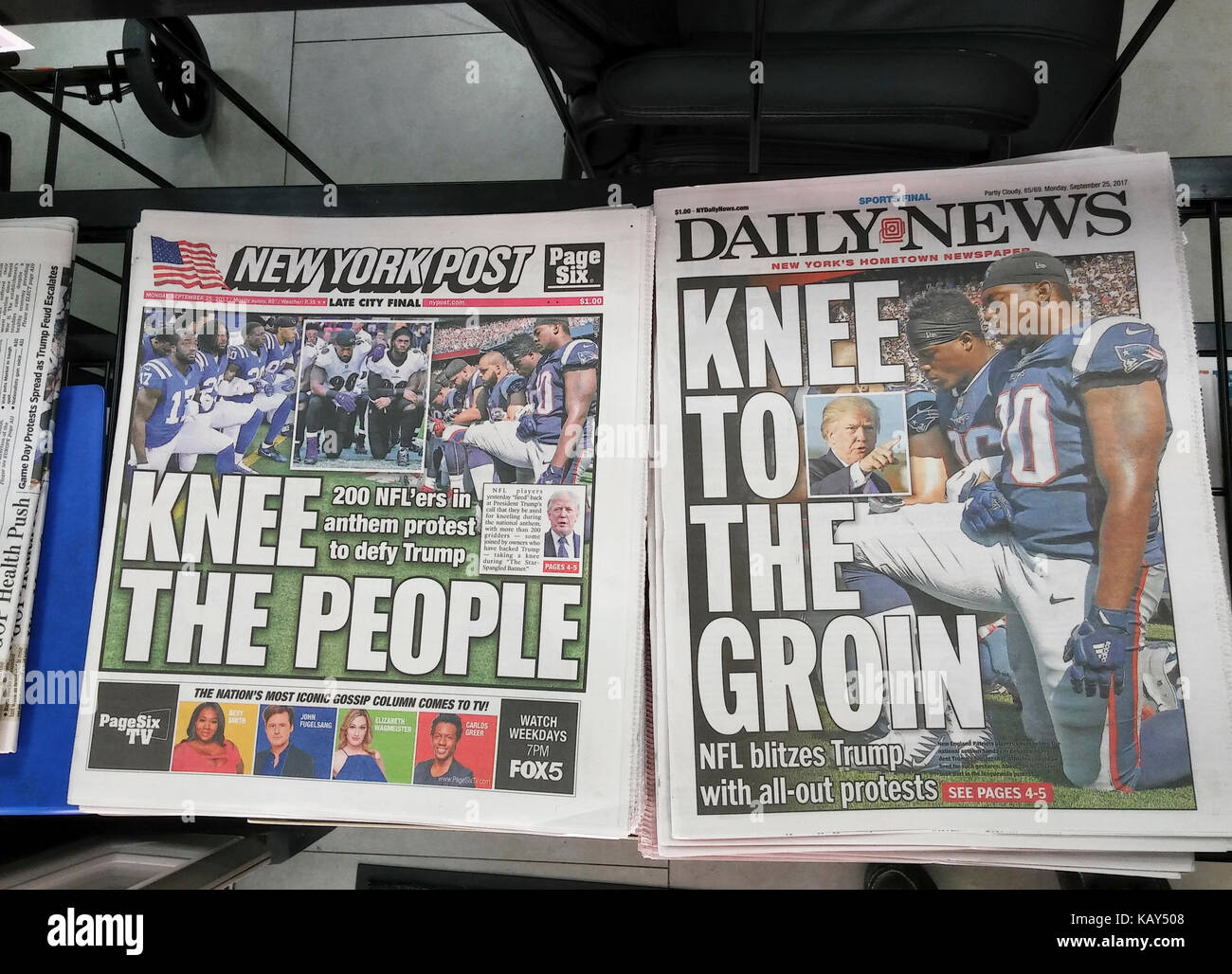 New York newspapers on Monday, September 25, 2017 report on the feud between some NFL players and US President Donald - Stock Image