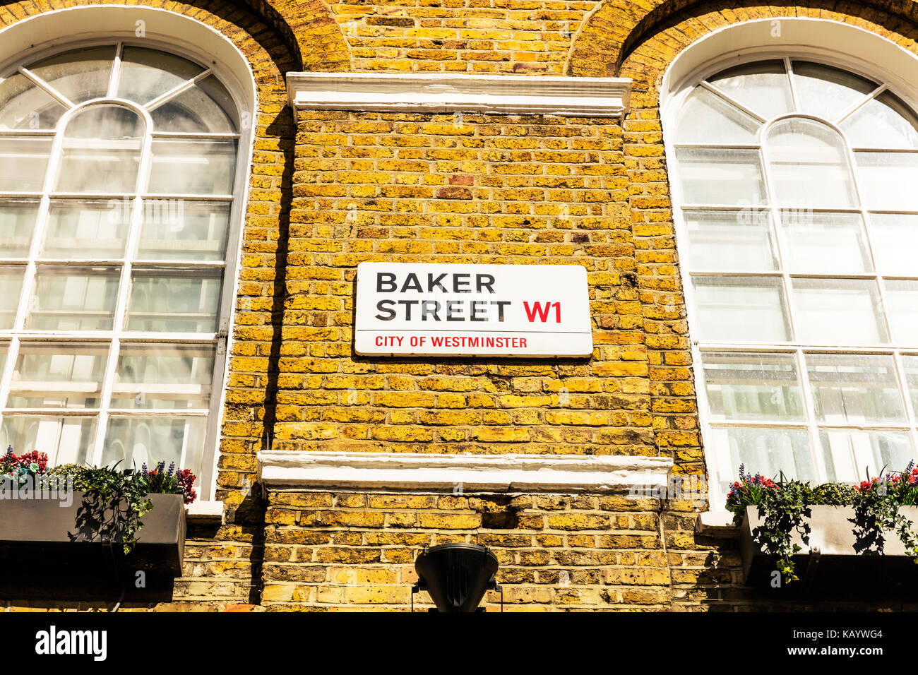 London Street Signs Stock Photos & London Street Signs Stock Images ...