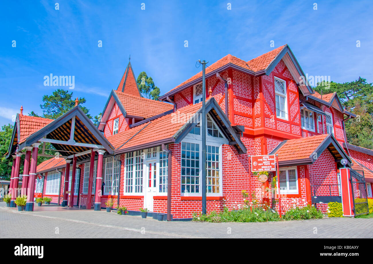 Red Brick Bungalow Stock Photos Amp Red Brick Bungalow Stock
