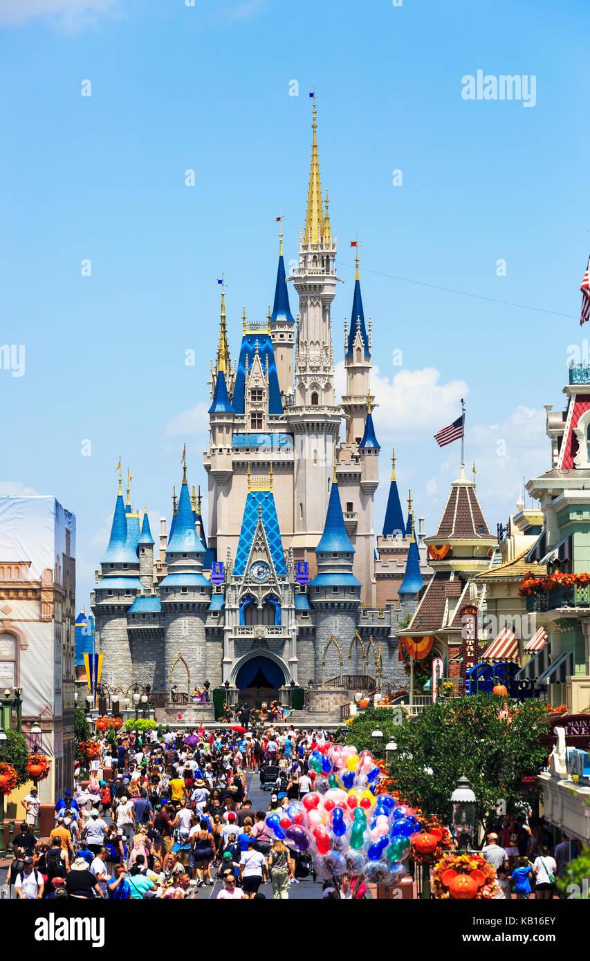 Walt Disney's Magic Kingdom theme park, showing the fairy tale castle, Orlando, Florida, USA - Stock Image
