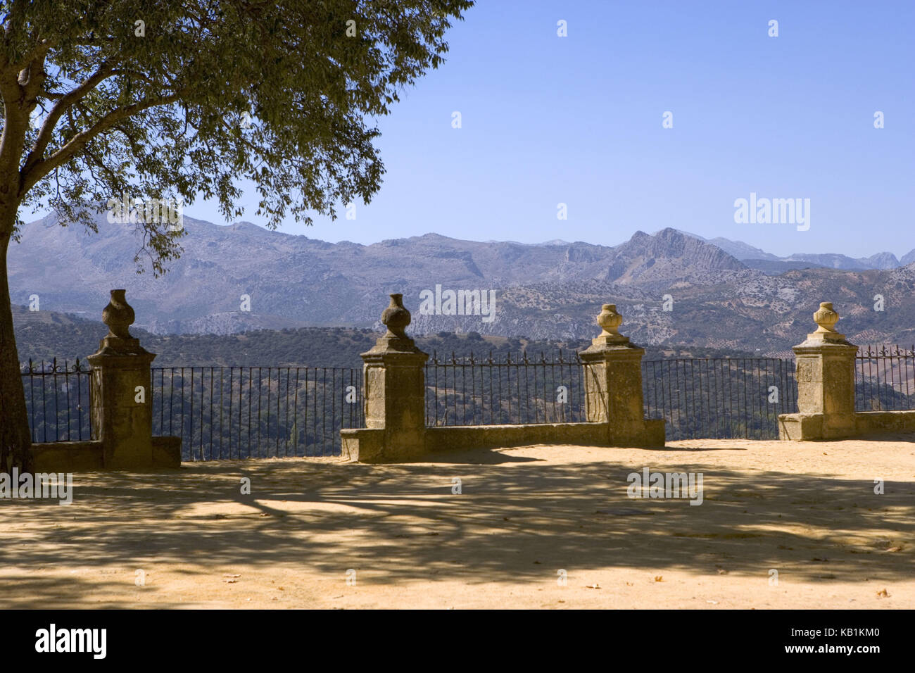 Spain, Ronda, historical small town, garden 'Jardines de Cuenca', view at the mountain landscape Serrania - Stock Image
