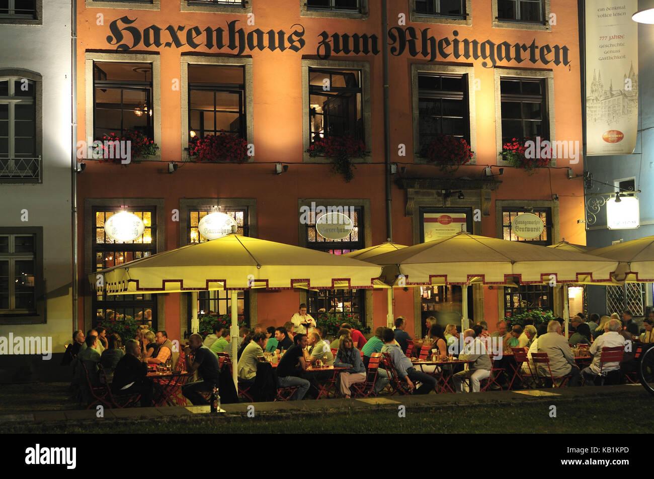 Garden Restaurants Stock Photos & Garden Restaurants Stock Images ...