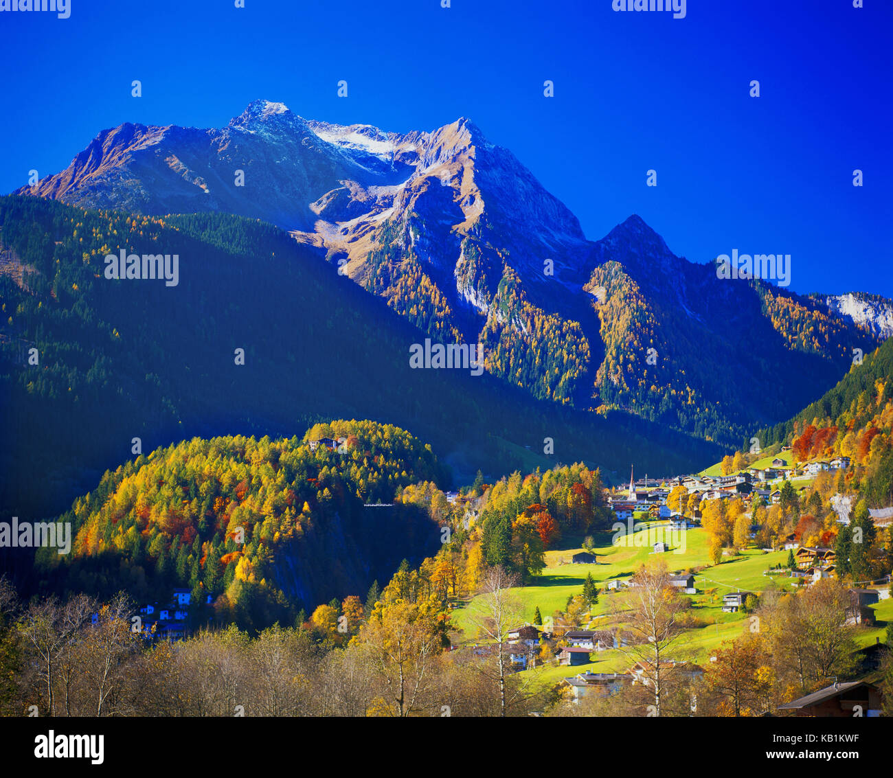 Finch mountain with mountain Grin, - Stock Image
