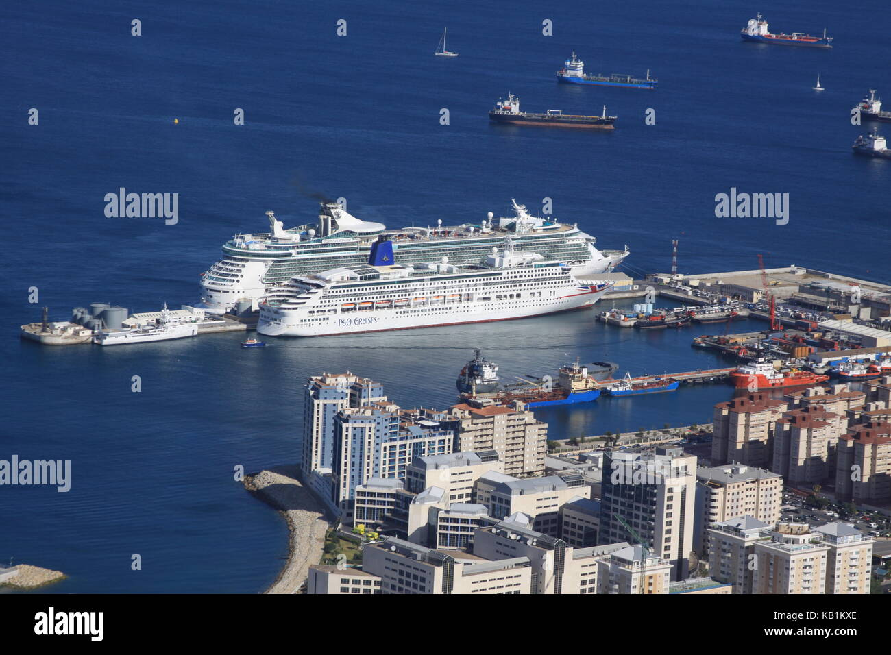 Cruise Ships P&O Aurora & Royal Caribbean Cruise Independence of the Sea moored in Gibraltar Harbour - Stock Image