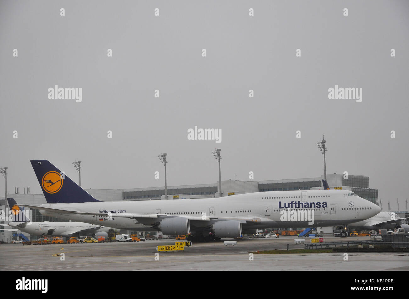 Civil aviation, air liner, runway, rolling railway, - Stock Image