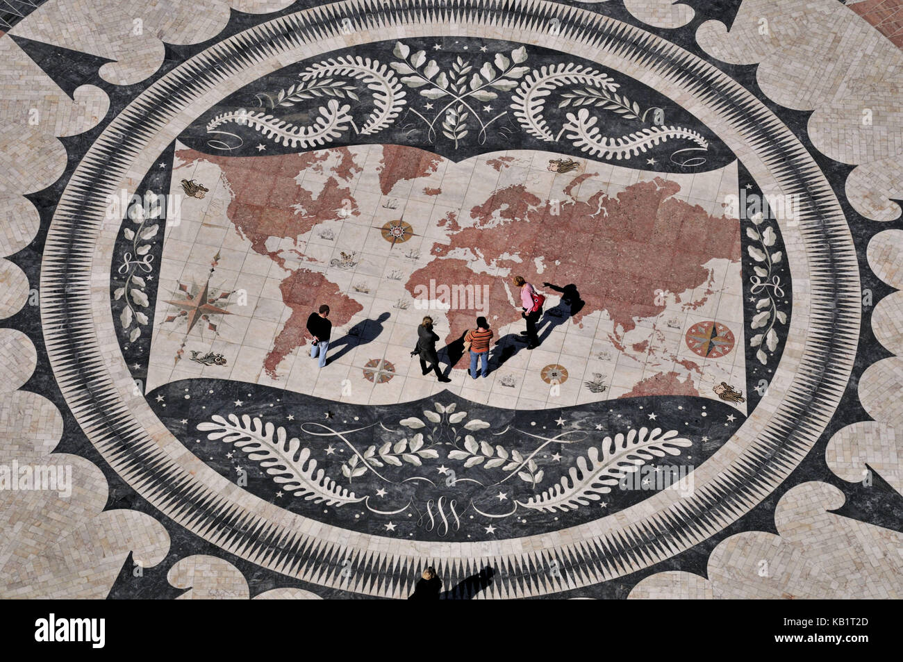 Portugal, Lisbon, view at the compass rose and seafarer's map of the world in front of the monument of the discoveries - Stock Image