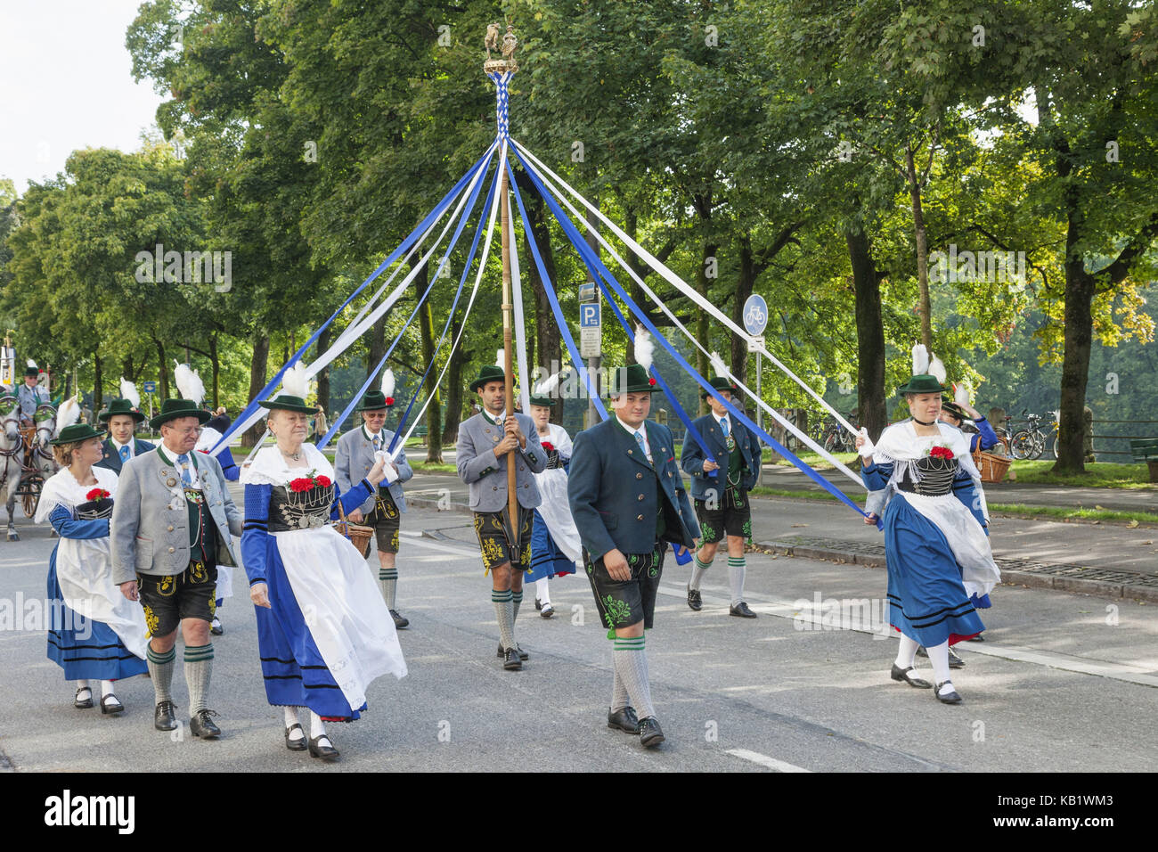 Germany, Bavaria, Munich, Oktoberfest, traditional parade, participant, - Stock Image