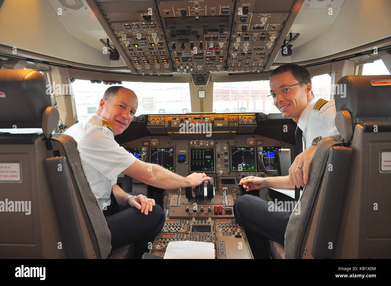 Civil aviation, air liner, cockpit, pilot, Copilot, - Stock Image