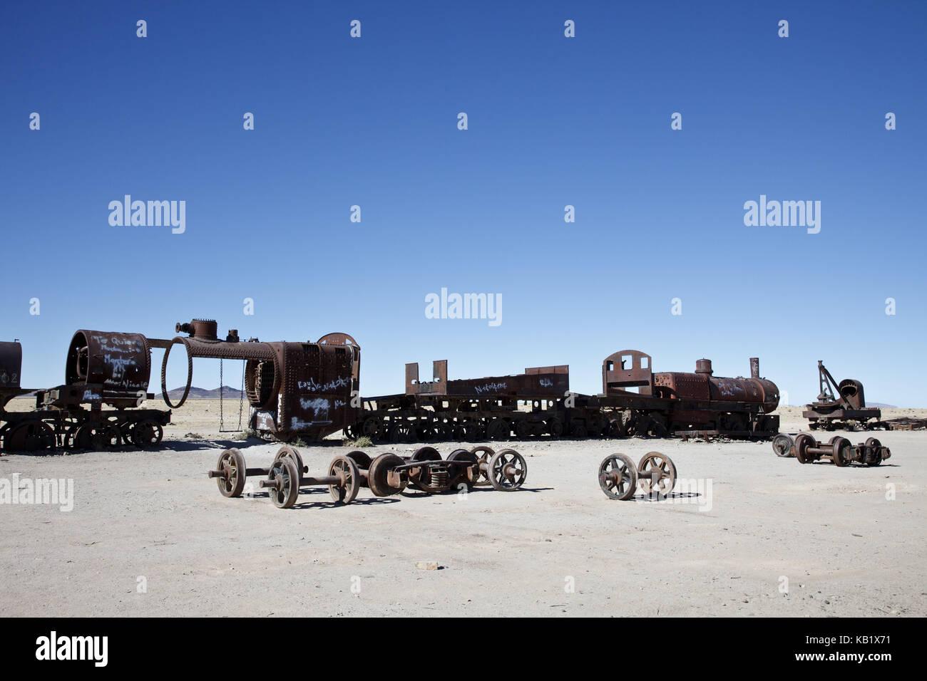 「cementerio de train uyuni」の画像検索結果