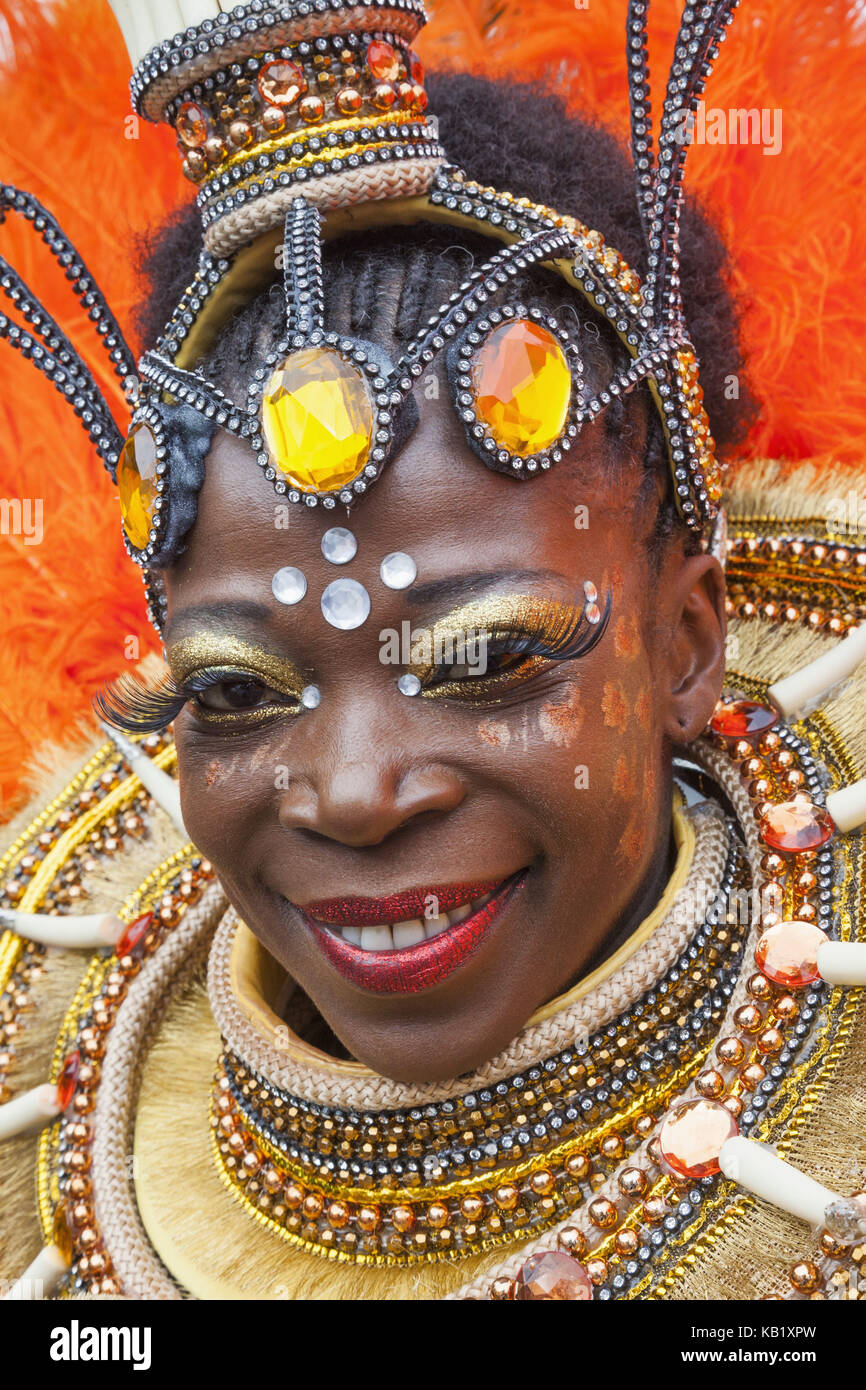 England, London, Notting Hill Carnival, woman, disguise, brightly, portrait, - Stock Image