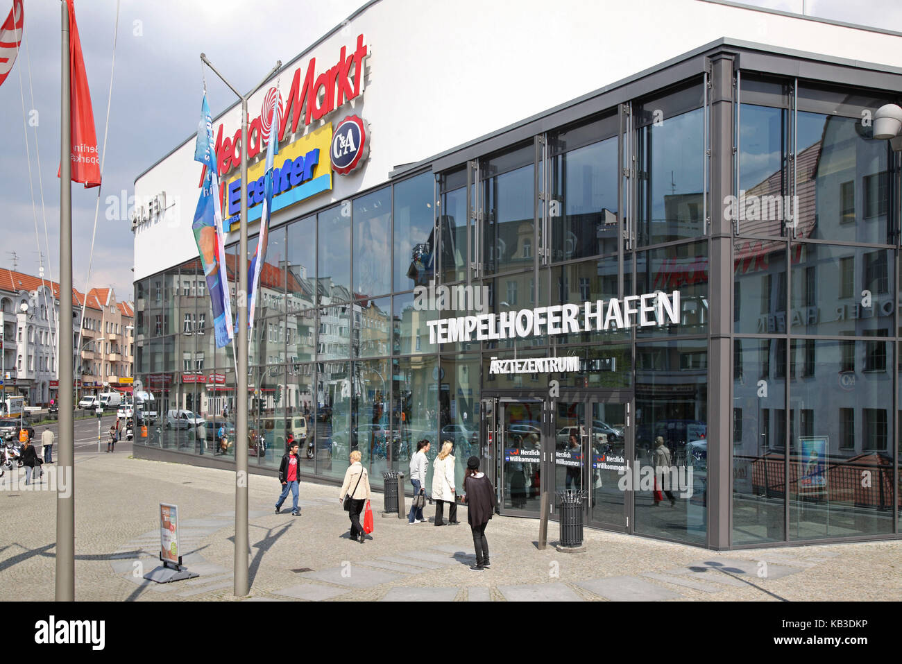 Berlin, Tempelhofer harbour, shopping centre, - Stock Image