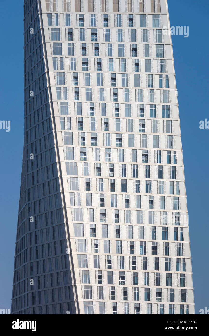 UAE, Dubai, Dubai Marina, the twisted Cayan Tower, detail - Stock Image