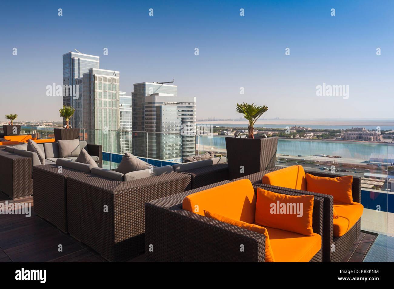 UAE, Abu Dhabi, Al Safarat Embassy Area, bar atop the Aloft Hotel - Stock Image