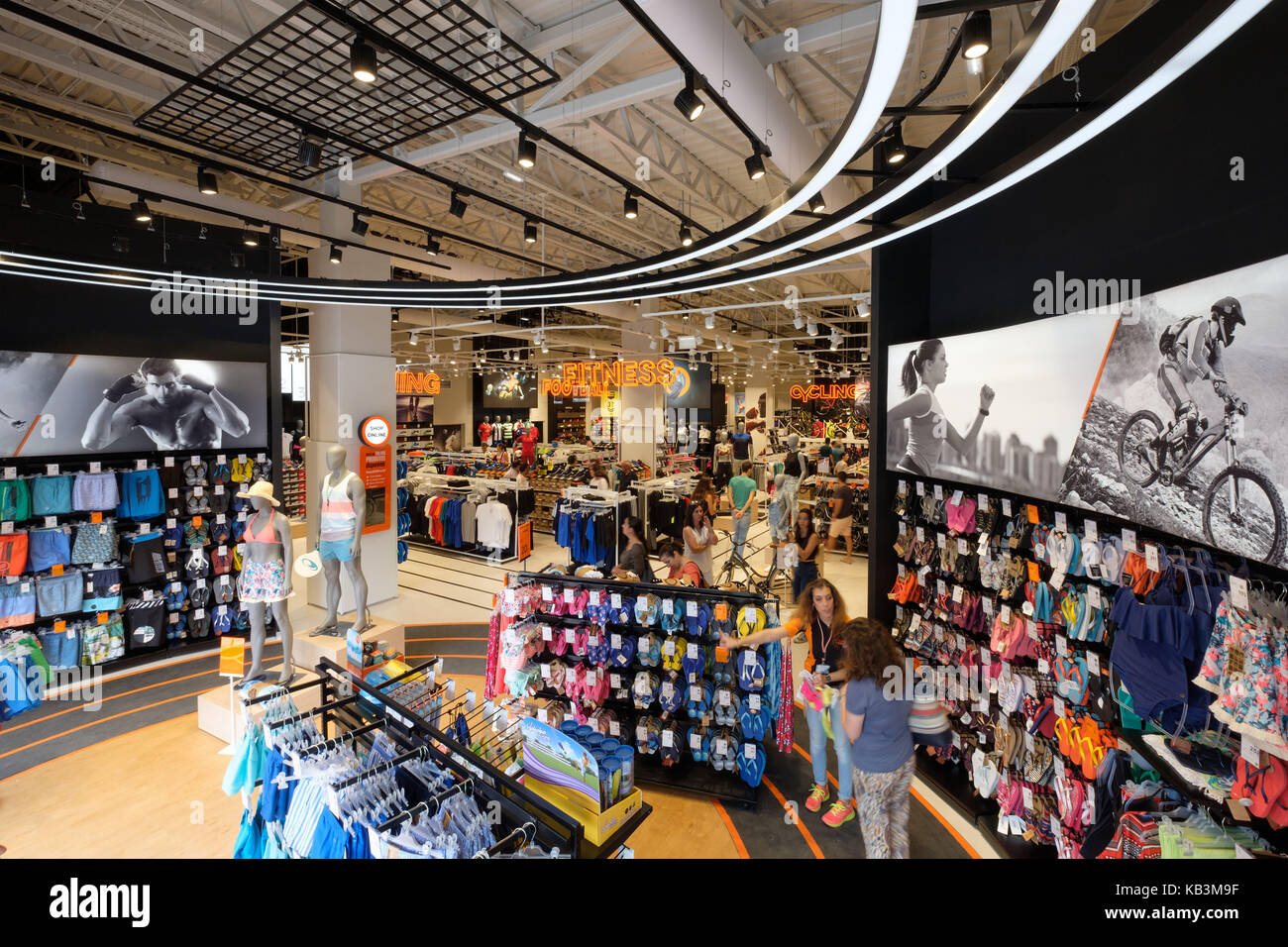 Sports Goods Store Interior Stock Photos & Sports Goods Store ...