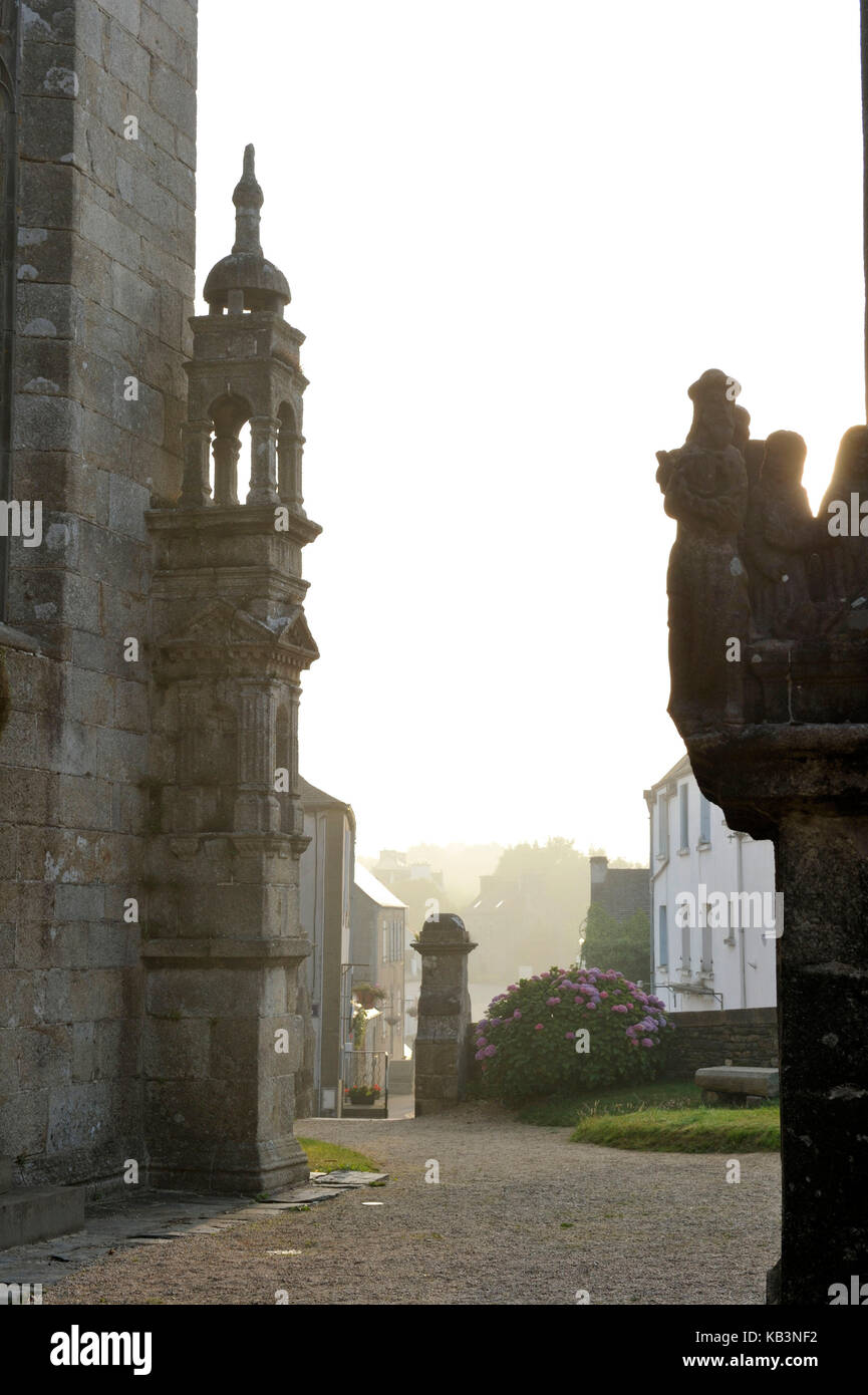 France, Finistere, stop on the Way of St James, St Thegonnec, parish enclosure and calvary Stock Photo