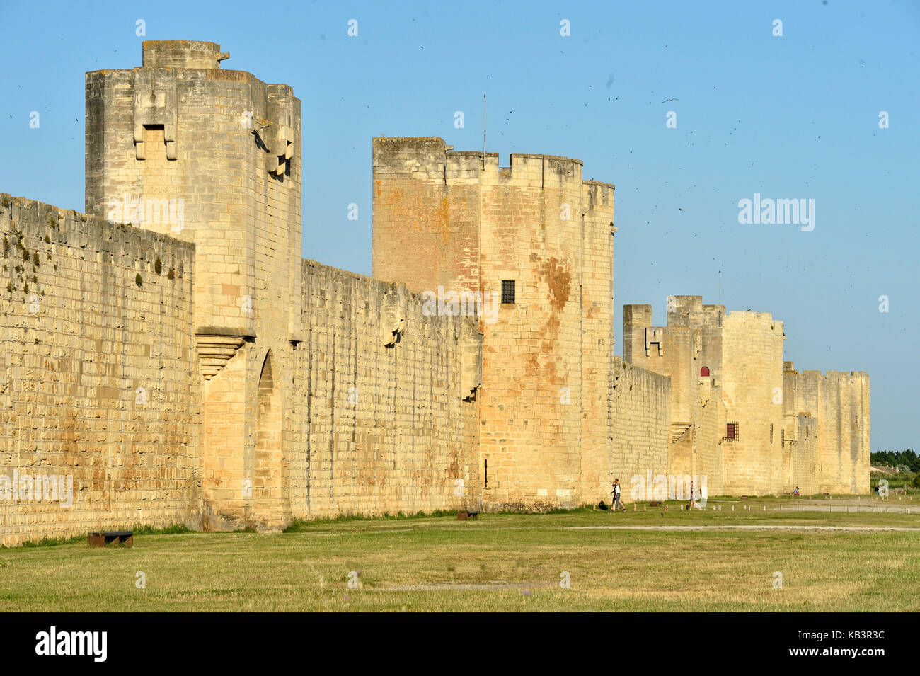 France, Gard, Aigues-Mortes, medieval city, ramparts and fortifications surrounded the city - Stock Image