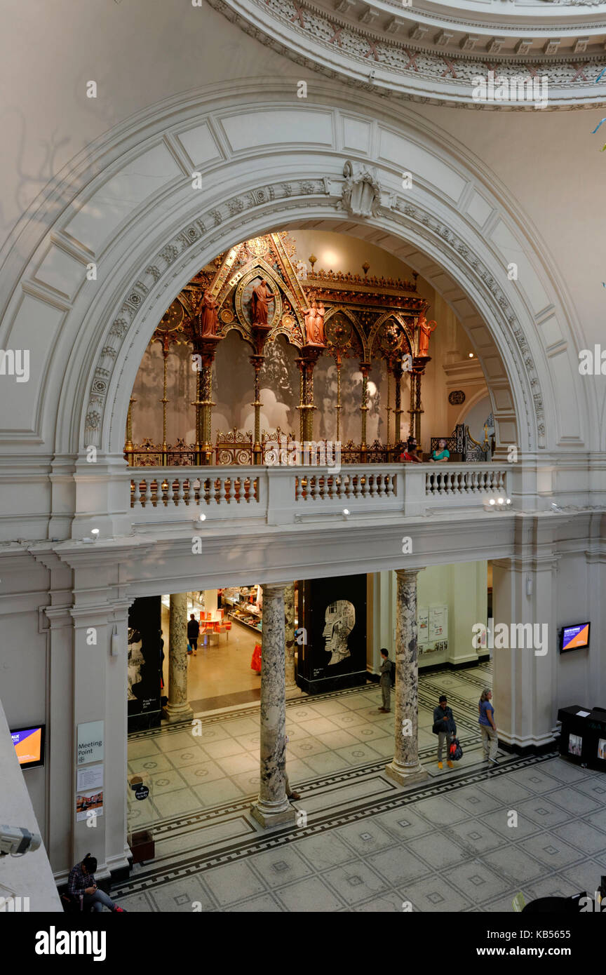 United Kingdom, London, South Kensington, Victoria and Albert Museum (V&A Museum) founded in 1852, entry hall - Stock Image