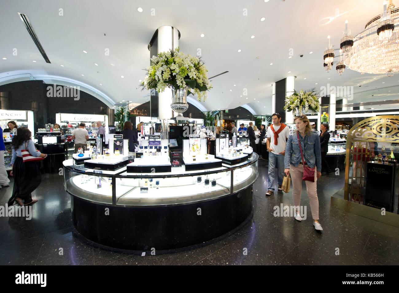 United Kingdom, London, Knightsbridge, Harrods department store on Brompton Road, perfume hall - Stock Image