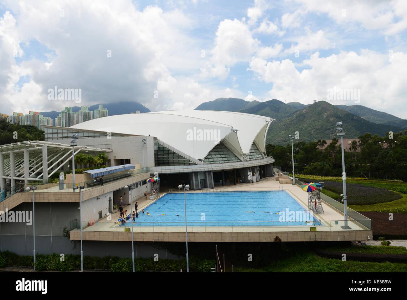The Tung Chung Swimming Pool in Lantau. - Stock Image