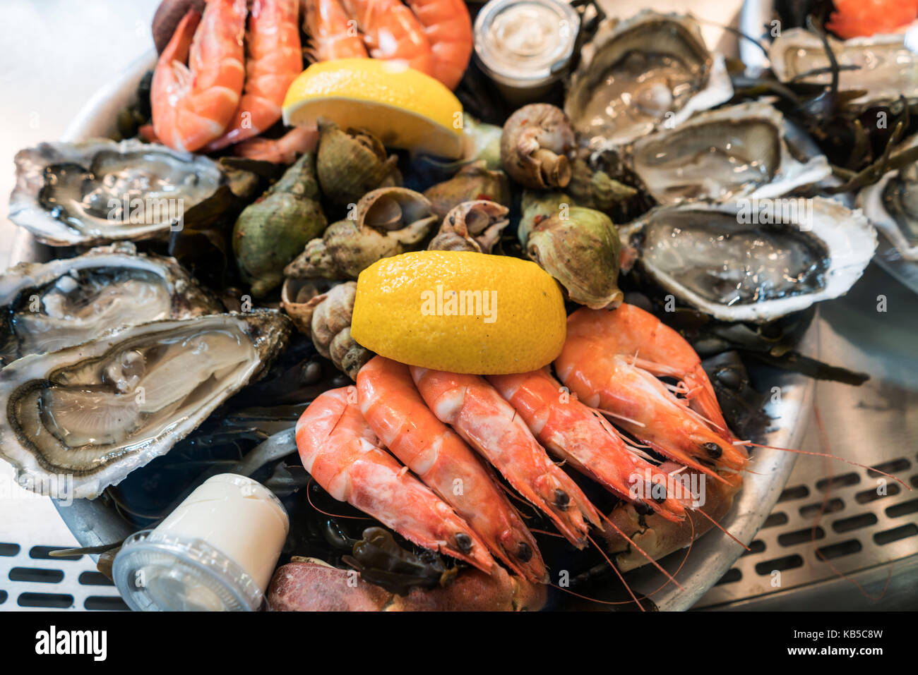 Oyster, shrimps, Marche de Capucins, Bordeaux, France - Stock Image