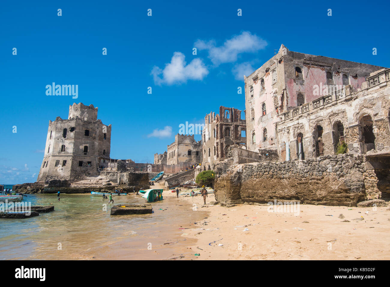 The old Italian harbour with its lighthouse, Mogadishu, Somalia, Africa - Stock Image