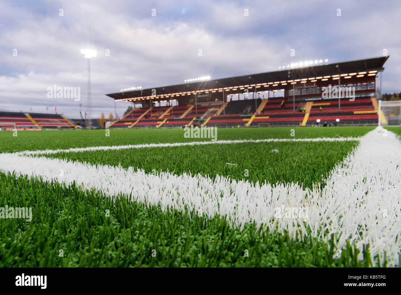 Ostersund, Sweden. 28th Sep, 2017. The pitch is watered before the Europa League match between Ostersunds FK and Hertha BSC at the Jaemtkraft Arena in Ostersund, Sweden, 28 September 2017. Credit: Soeren Stache/dpa/Alamy Live News Stock Photo