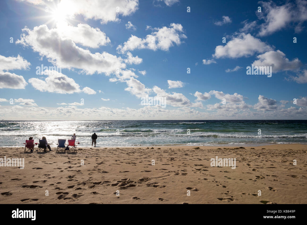 Family on Eoropie Beach, Isle of Lewis in the parish of Ness, in the Outer Hebrides, Scotland - Stock Image