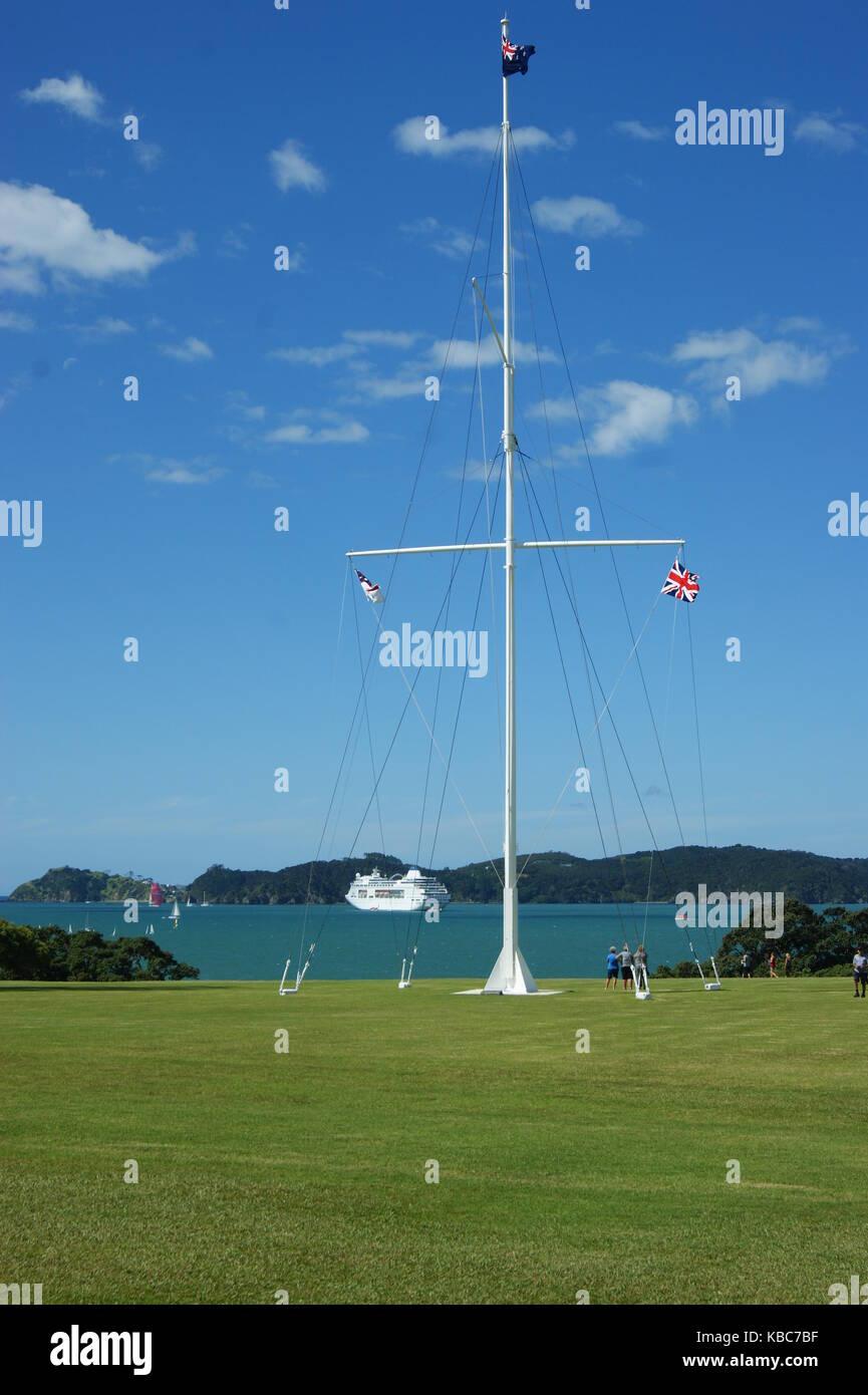 Flagpole in the grounds of the Waitangi Treaty House, Waitangi New Zealand - Stock Image