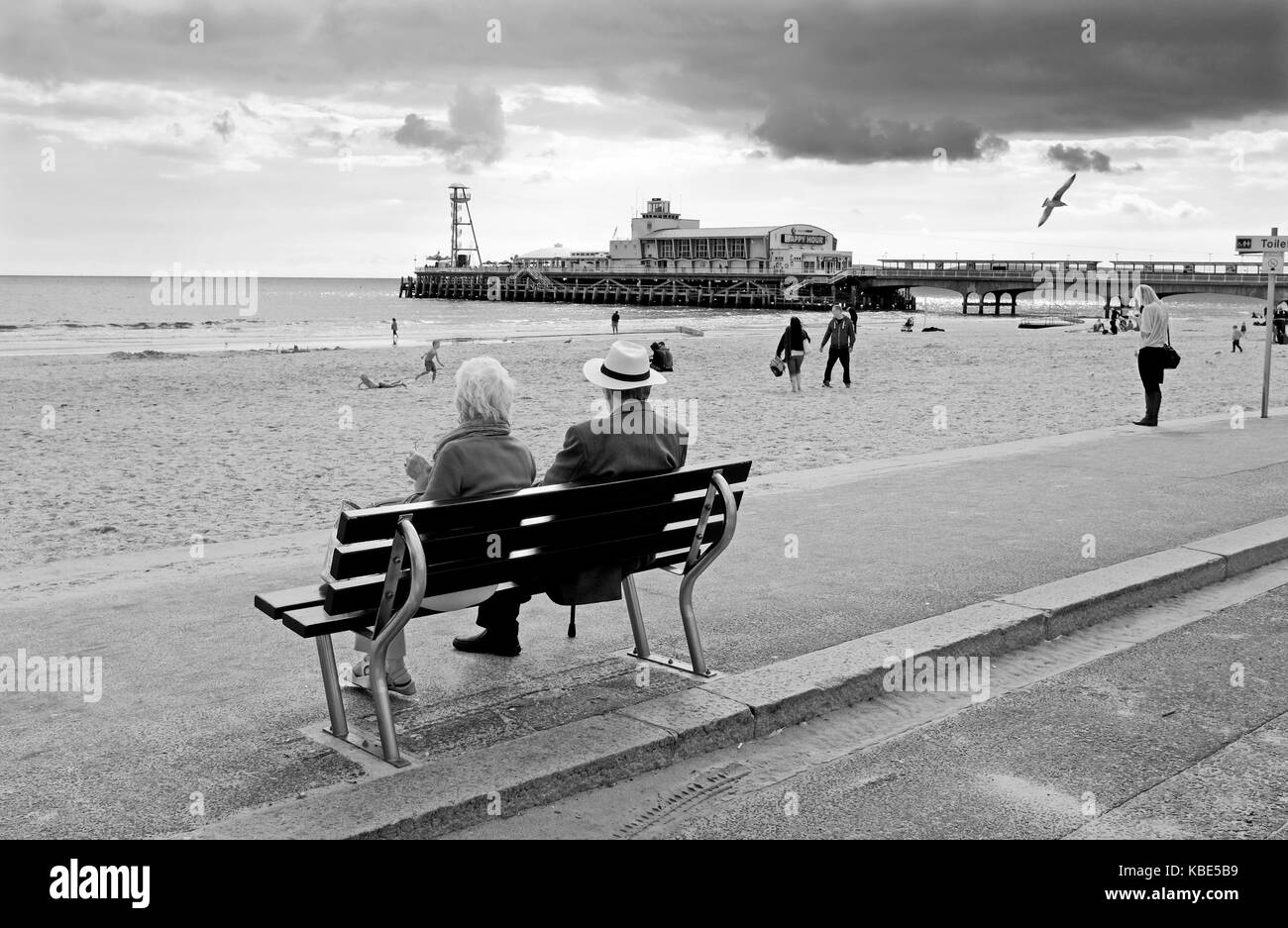 Bournemouth September 2017 - Dark clouds over Bournemouth beach and pier - Stock Image