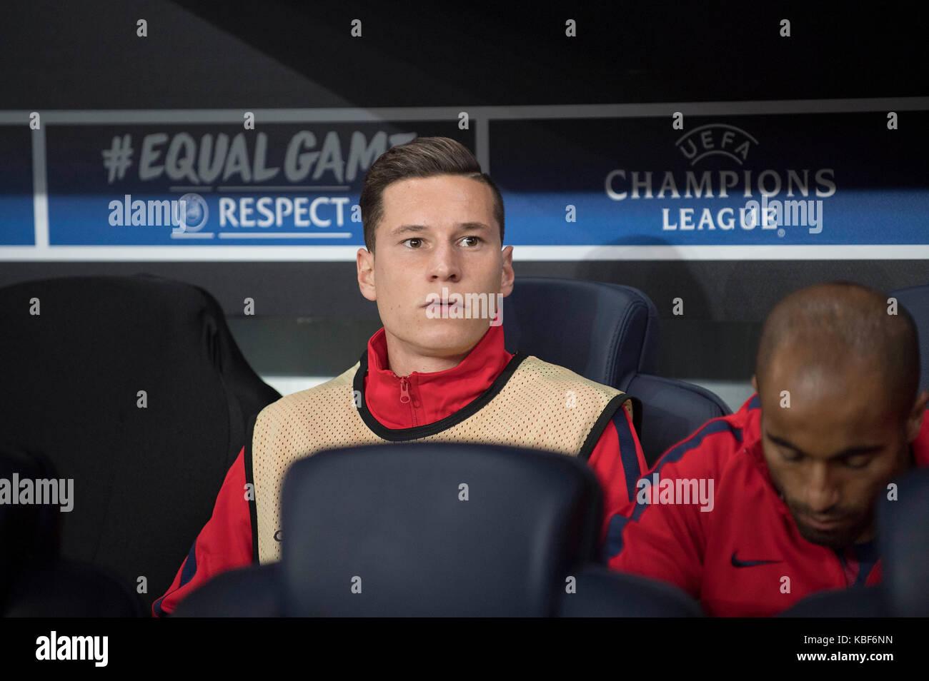 Julian DRAXLER (Paris) auf der Ersatzbank, Ersatzspieler, Fussball Champions League, Vorrunde 2. Spieltag, Gruppe - Stock Image