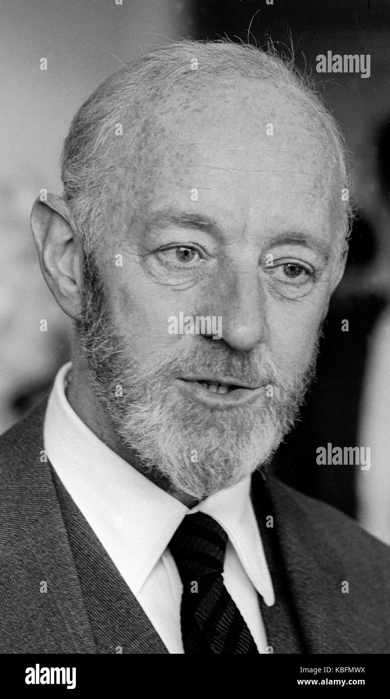 Sir Alec Guinness English actor 1914-2000 exclusive image by David Cole taken 1969 - Press Portrait Service archives.From - Stock Image