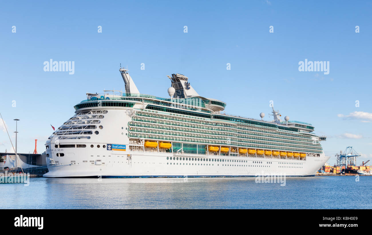 Royal Caribbean cruise ship Navigator of the Seas is pictured docked in port Las Palmas de Gran Canaria, Spain. - Stock Image