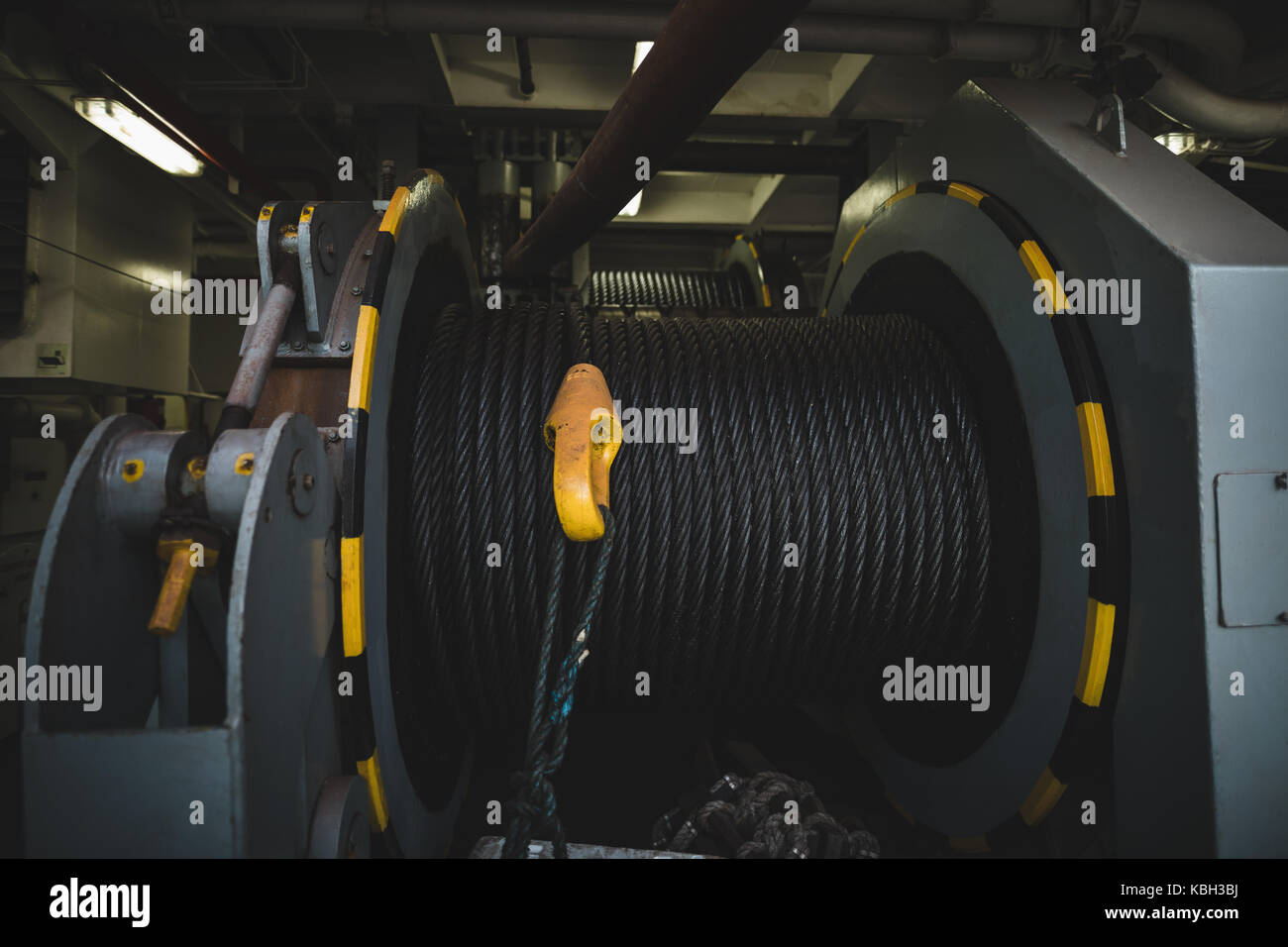 Close-up of steel wire rope on production platform - Stock Image
