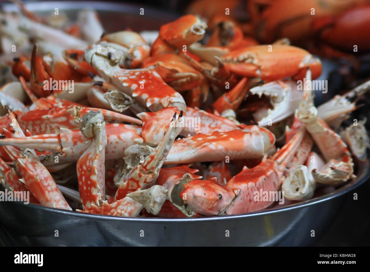 Krebsscheren auf Markt in Vietnam - Crabs - Stock Image