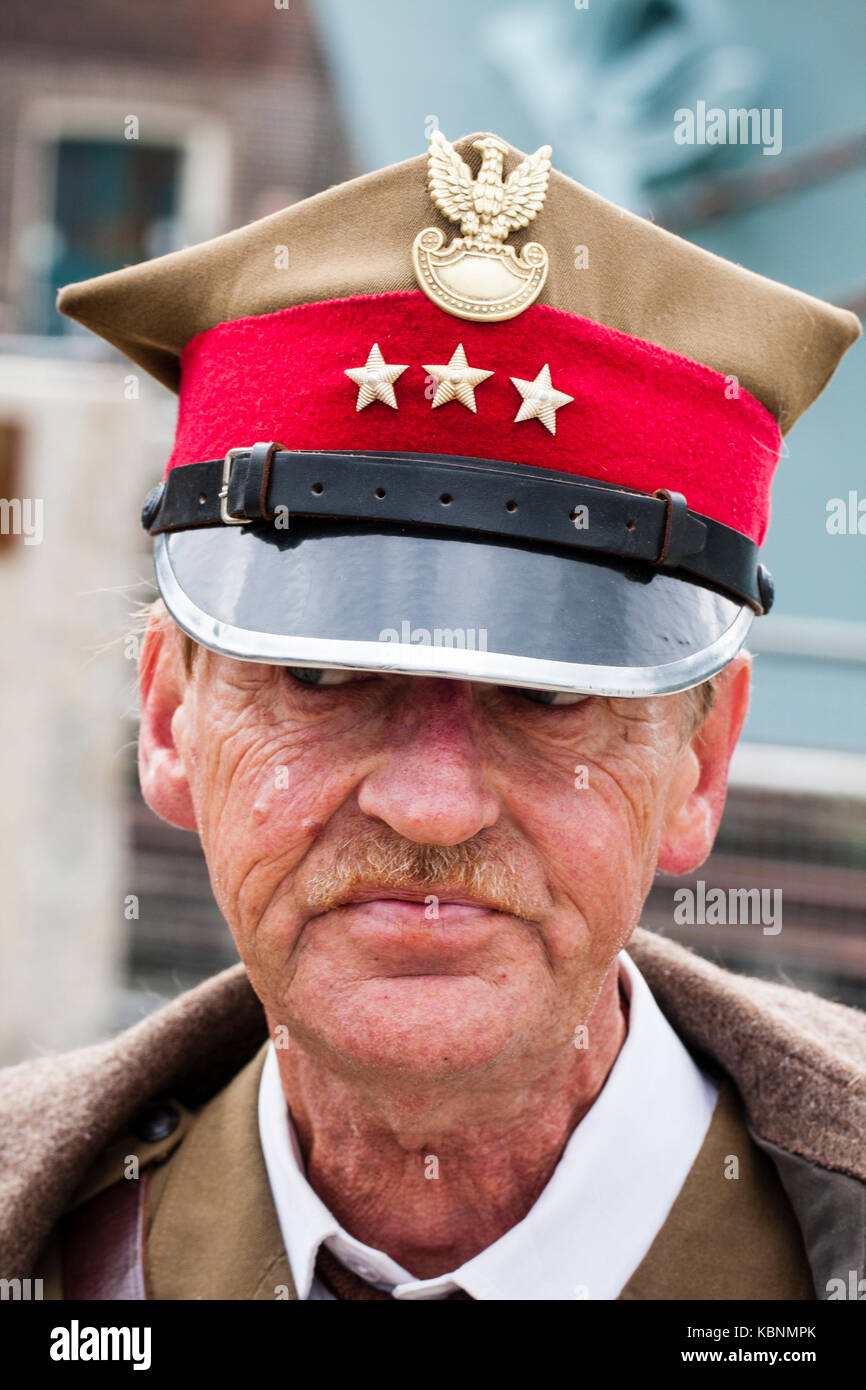 England, Chatham. Elderly re-enactor dressed as Polish Officer with the Russian forces during world war two. Head Stock Photo