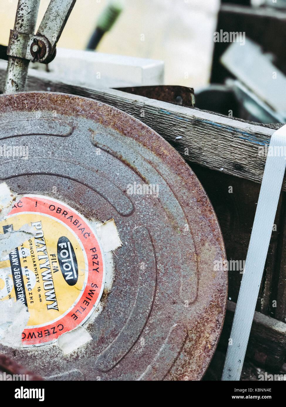 16mm Reel Movie Projectors: Old Movie Film Reel 16mm Stock Photos & Old Movie Film