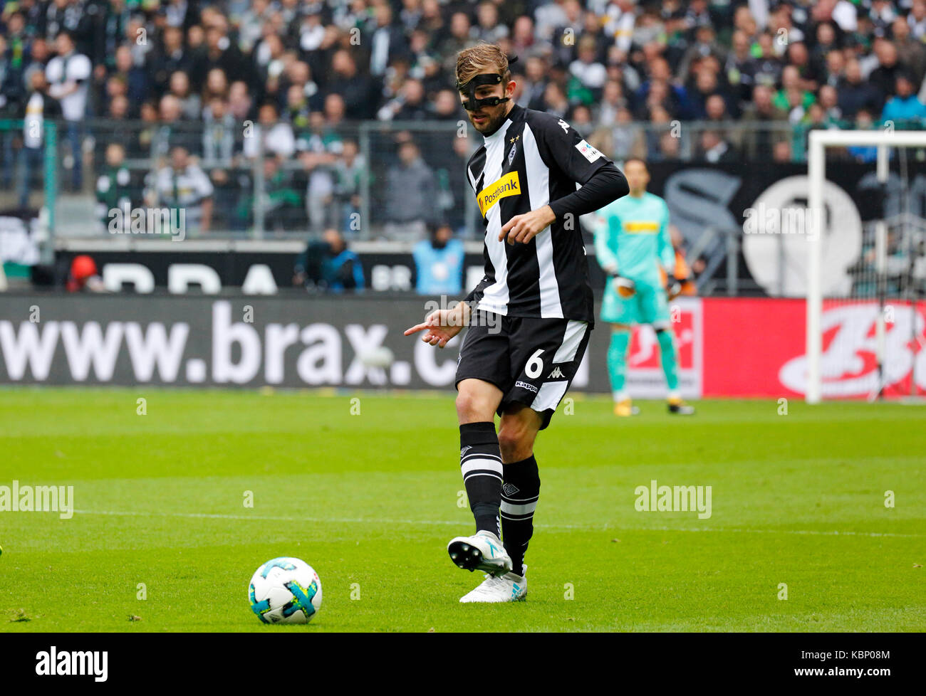 sports, football, Bundesliga, 2017/2018, Borussia Moenchengladbach vs Hannover 96 2:1, Stadium Borussia Park, scene - Stock Image
