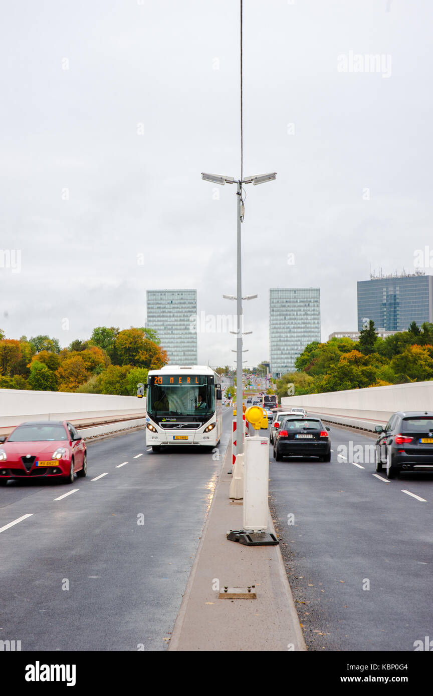 Main road of Kirchberg commercial center, Luxembourg City - Stock Image