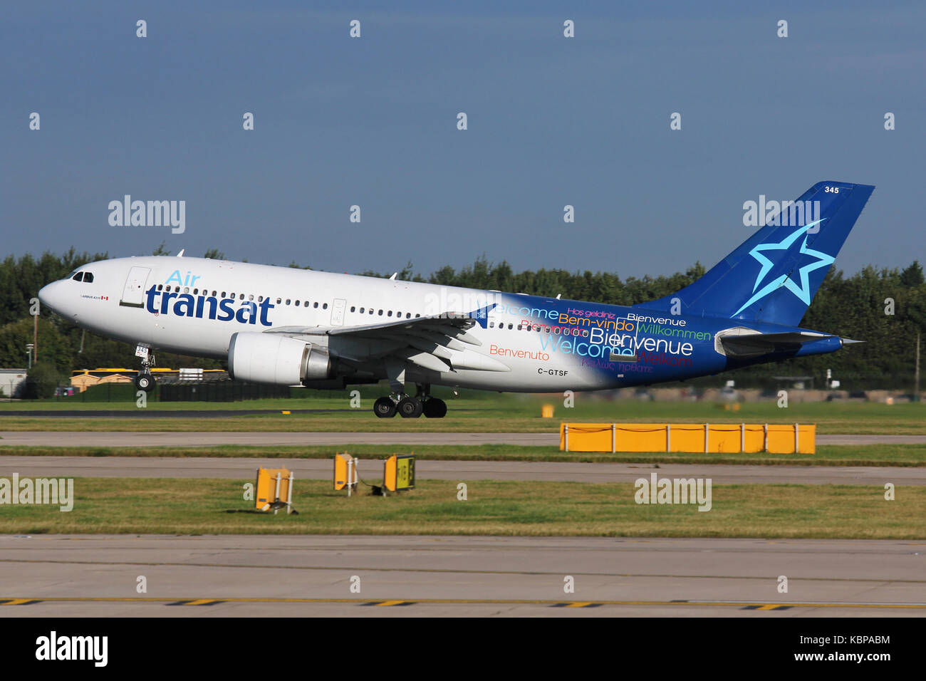 Air Transat A310 - Stock Image