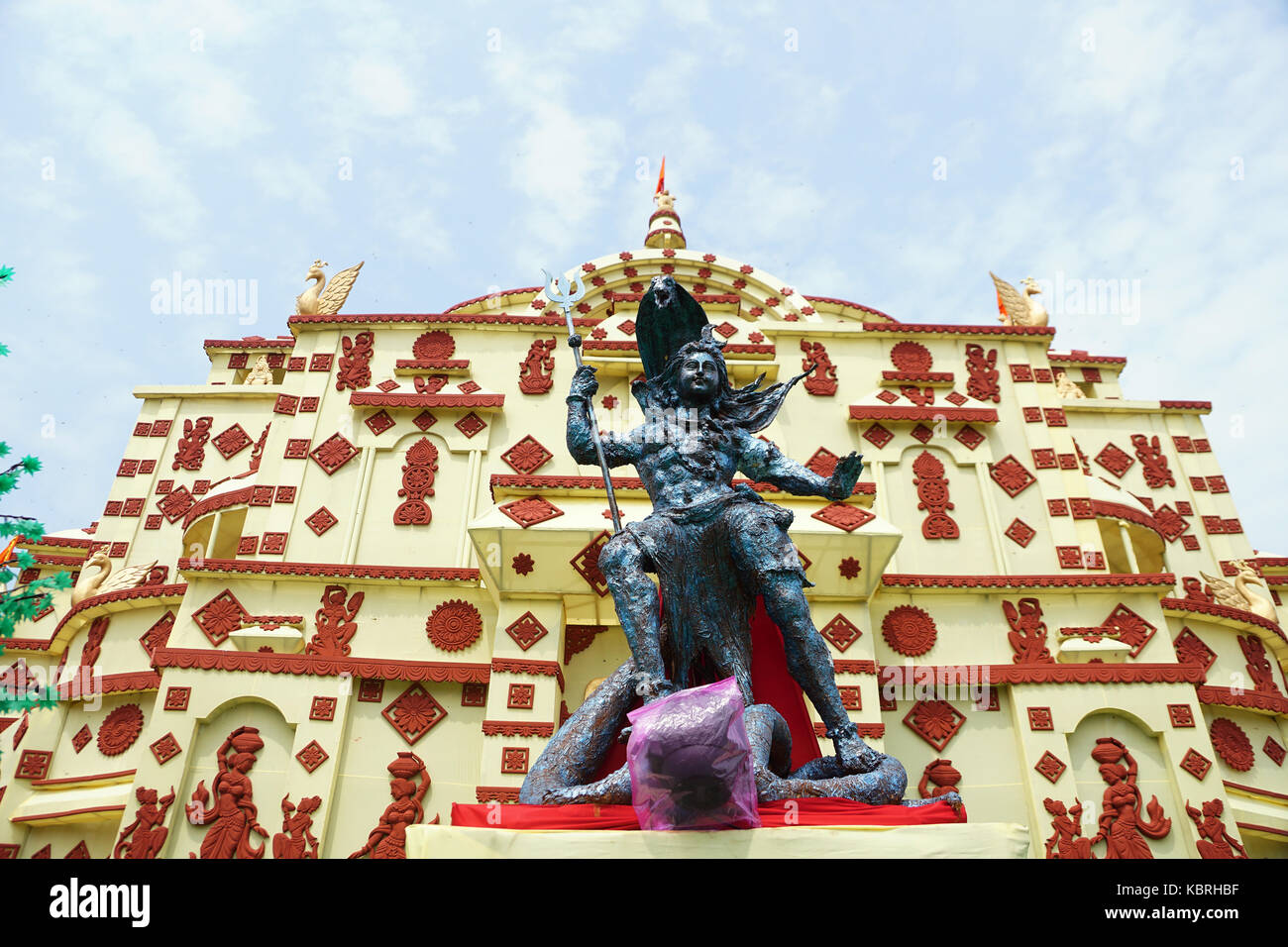 The Idol of Lord Shiva and Durga Puja Pandal - Stock Image