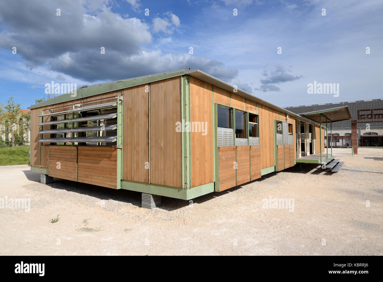 Prefabricated Kit House or Demountable Steel-Frame House (1948) by Jean Prouvé Intended to Contribute to the - Stock Image