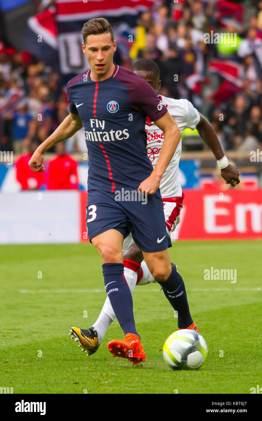 Julian Draxler In Action During The French Ligue 1 Soccer