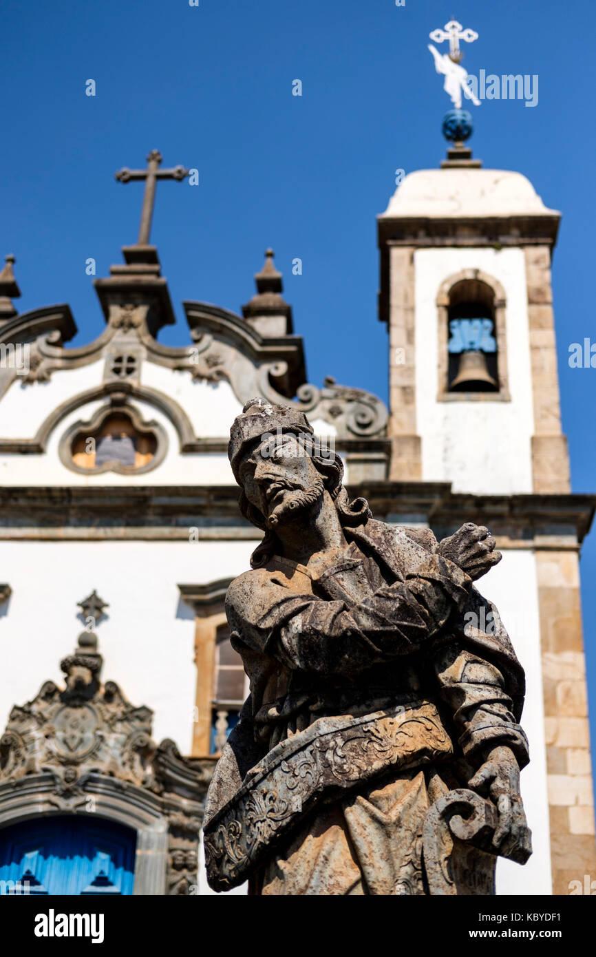 Sanctuary Bom Jesus do Matosinhos, UNESCO World Heritage Site, prophet Ezekiel soapstone statue, Aleijadinho, Congonhas - Stock Image