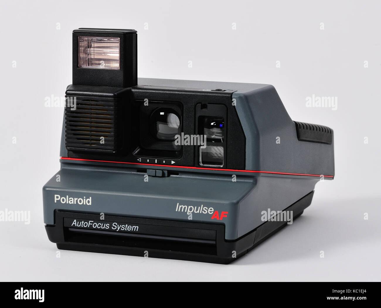vintage polaroid land camera with instruction manual and box stock rh alamy com Polaroid Impluse Polaroid Automatic 250 Land Camera