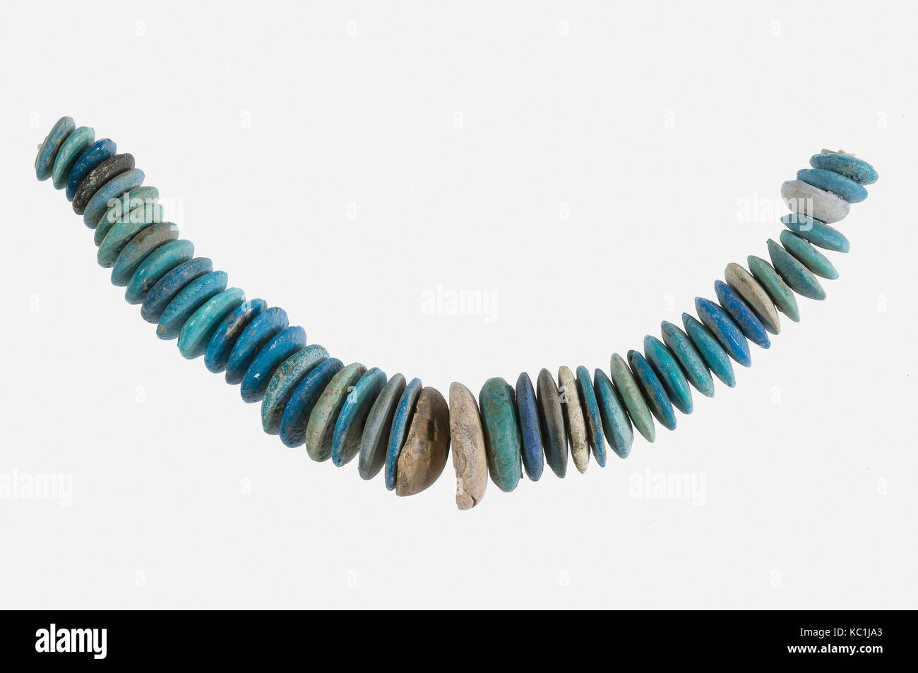 String of Large Lozenge-Shaped Beads, ca. 1390–1353 B.C - Stock Image